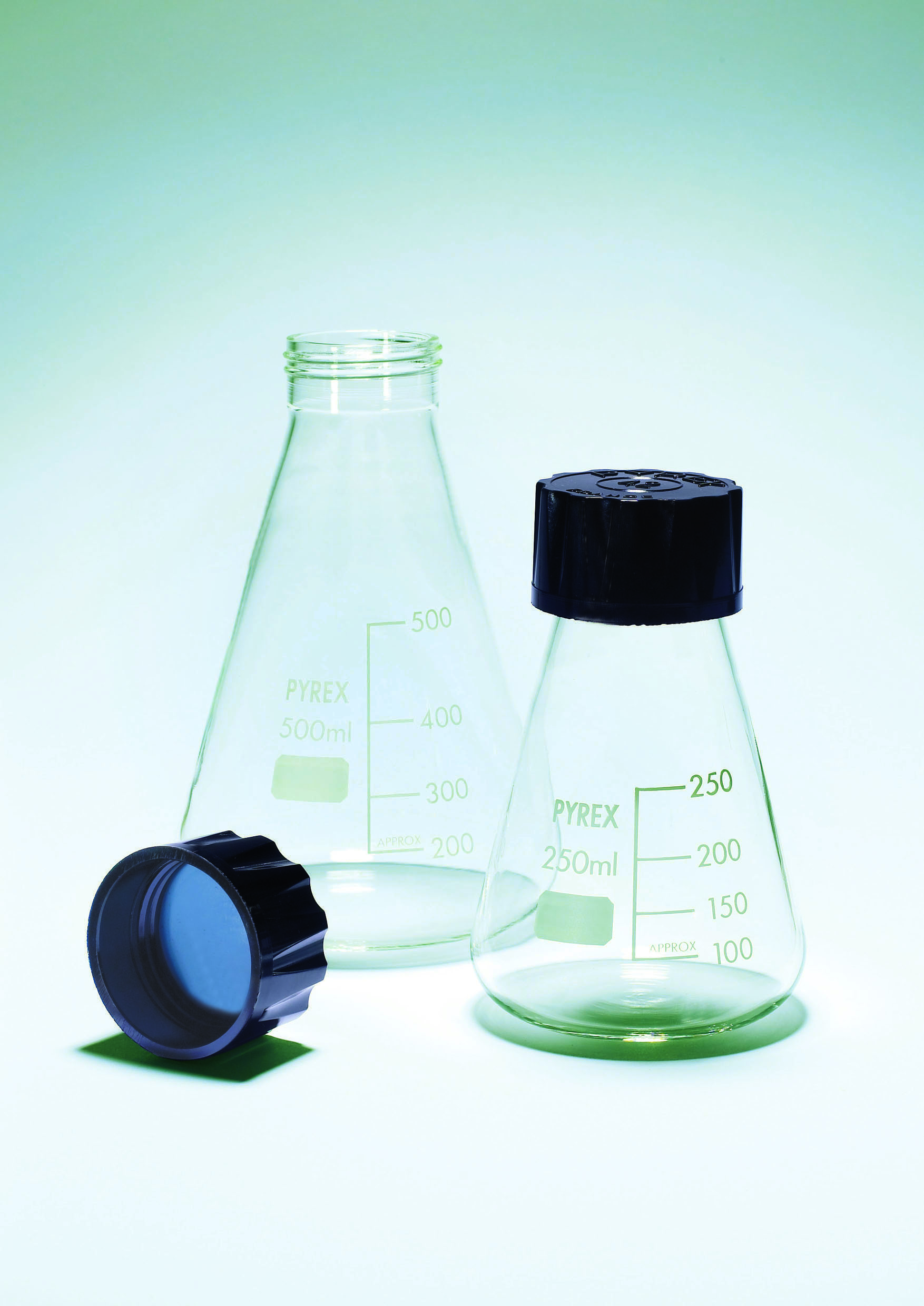 Erlenmeyer flasks with screwcap PYREX